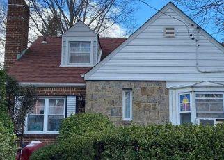 Foreclosed Home en JULIETTE RD, West Hempstead, NY - 11552
