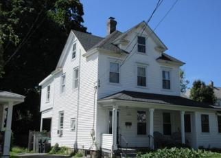 Foreclosed Home en HOWE ST, Warwick, NY - 10990