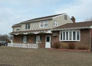 Foreclosed Home in W SHORE DR, Massapequa, NY - 11758