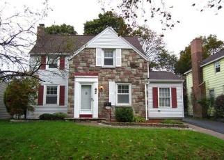 Foreclosed Home en COVINGTON RD, Rochester, NY - 14617