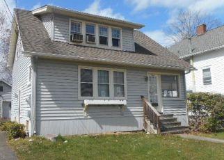 Foreclosed Home en W GRAY ST, Elmira, NY - 14905