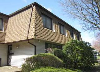 Foreclosed Home in FELLER DR, Central Islip, NY - 11722