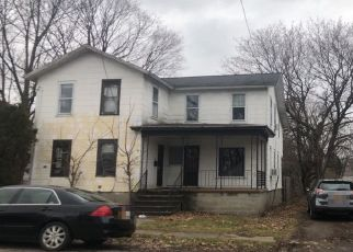 Foreclosed Home en THROOP ST, Palmyra, NY - 14522