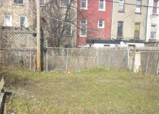 Foreclosed Home en DECATUR ST, Brooklyn, NY - 11233