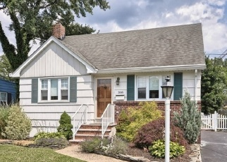 Foreclosed Home in LANE AVE, South Plainfield, NJ - 07080