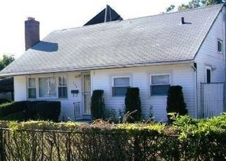 Foreclosed Home in HILLTOP DR, Brentwood, NY - 11717