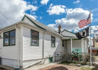 Foreclosed Home en STANDARD AVE, Elmont, NY - 11003