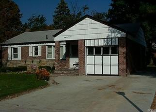 Foreclosed Home en DEAN DR, Baldwin, NY - 11510