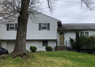 Foreclosed Home in KENNETH RD, Hartsdale, NY - 10530