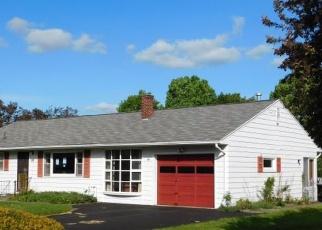Foreclosed Home en GAIL DR, Owego, NY - 13827