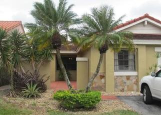 Casa en ejecución hipotecaria in Hialeah, FL, 33015,  NW 176TH TER ID: P1168516