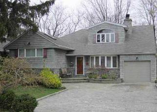 Casa en ejecución hipotecaria in Williston Park, NY, 11596,  OAKLEY LN ID: P1169245