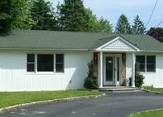 Foreclosed Home in OCEANSIDE ST, Islip Terrace, NY - 11752