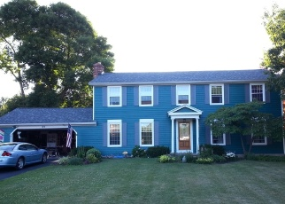 Foreclosed Home en MONT MORENCY DR, Rochester, NY - 14612