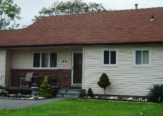 Foreclosed Home in W RIVIERA DR, Lindenhurst, NY - 11757