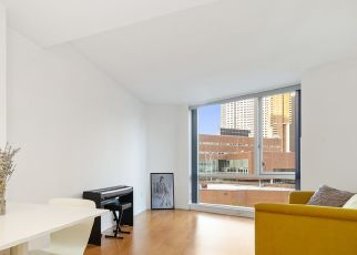 Foreclosed Home en CHAMBERS ST, New York, NY - 10007