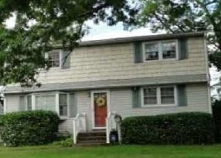 Foreclosed Home in N SUMMIT DR, Massapequa, NY - 11758