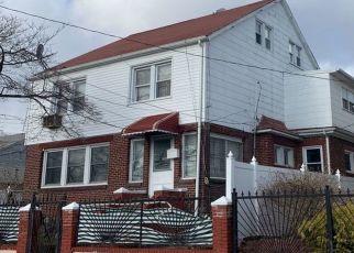 Foreclosed Home en BARTOW AVE, Bronx, NY - 10469