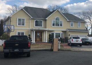 Foreclosed Home en SABATINO CT, Deer Park, NY - 11729