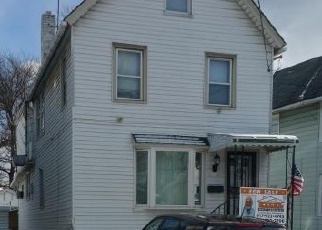 Foreclosed Home en UNION AVE, Staten Island, NY - 10303