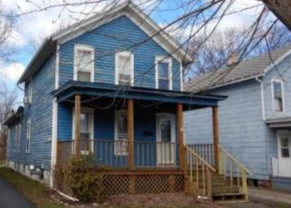 Foreclosed Home en PARK AVE, Dunkirk, NY - 14048