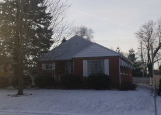 Foreclosed Home en W NORTHCREST AVE, Peoria, IL - 61614