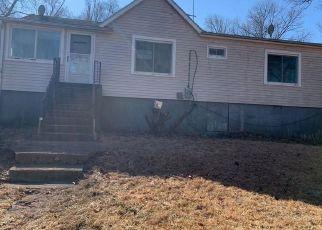 Foreclosed Home in SUNNYSIDE PL, Lake Peekskill, NY - 10537