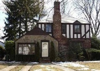 Foreclosed Home in CATALPA LN, Valley Stream, NY - 11581