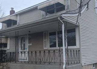 Foreclosed Home in KNOLL CT, Seaford, NY - 11783