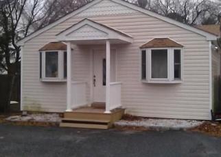 Foreclosed Home en SMITHTOWN POLK BLVD, Centereach, NY - 11720