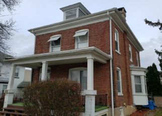 Foreclosed Home en EISENBROWN ST, Reading, PA - 19605