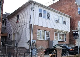 Foreclosed Home en ALSTYNE AVE, Elmhurst, NY - 11373