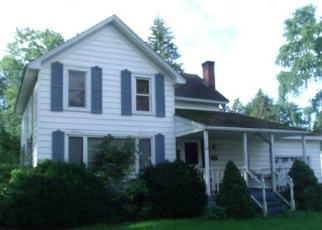 Foreclosed Home in EAGLE ST, Lyndonville, NY - 14098