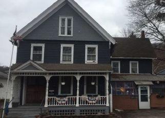 Foreclosed Home en TEMPLE ST, Owego, NY - 13827
