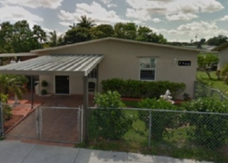 Foreclosed Home en NW 156TH ST, Opa Locka, FL - 33054