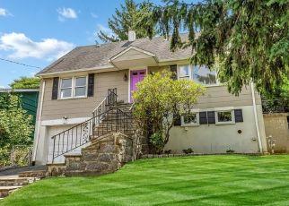 Foreclosed Home en BARBARA LN, Mamaroneck, NY - 10543