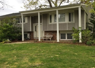 Foreclosed Home en SEAWANHAKA AVE, Nesconset, NY - 11767