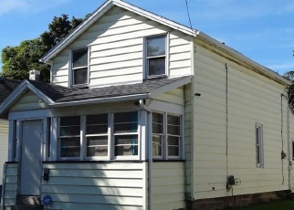 Foreclosed Home en DELMAR ST, Rochester, NY - 14606