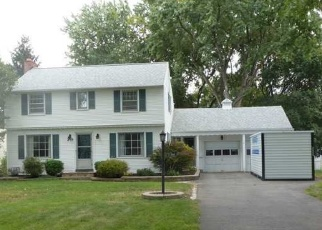 Foreclosed Home en WYNDALE RD, Rochester, NY - 14617