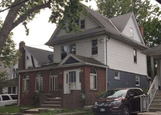 Foreclosed Home en 171ST ST, Flushing, NY - 11358