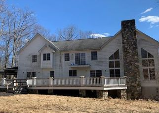 Foreclosed Home en BEAVER POND RD, South Salem, NY - 10590