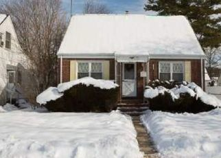 Foreclosed Home in 1ST PL, Uniondale, NY - 11553