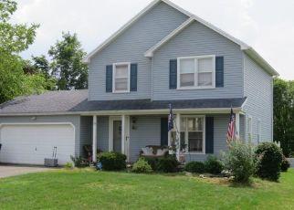 Foreclosed Home en MACKAY RUN, West Henrietta, NY - 14586