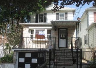 Casa en ejecución hipotecaria in Bronx, NY, 10469,  FENTON AVE ID: P1178029