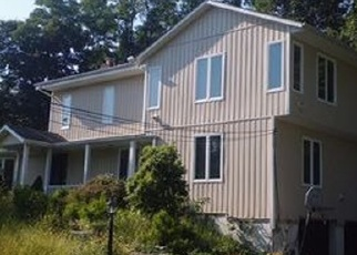 Foreclosed Home in MOUNT AIRY RD E, Croton On Hudson, NY - 10520