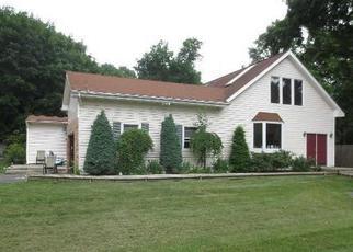Casa en ejecución hipotecaria in Greenlawn, NY, 11740,  BEATTY AVE ID: P1180435