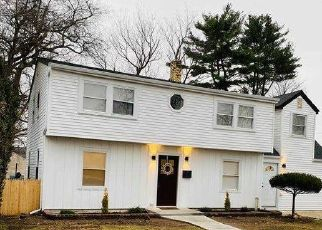 Foreclosure Home in Westbury, NY, 11590,  ARBOR LN ID: P1180509