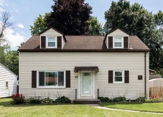 Foreclosed Home en LAURA DR, Rochester, NY - 14626