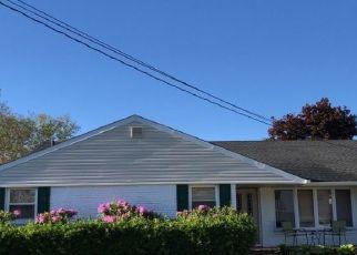 Foreclosed Home in LEONARD LN, Merrick, NY - 11566