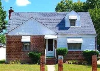 Foreclosed Home en LAWRENCE ST, Uniondale, NY - 11553